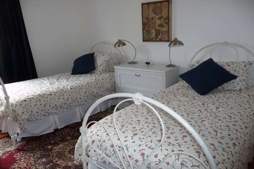 Bedroom 2 | 2 single beds