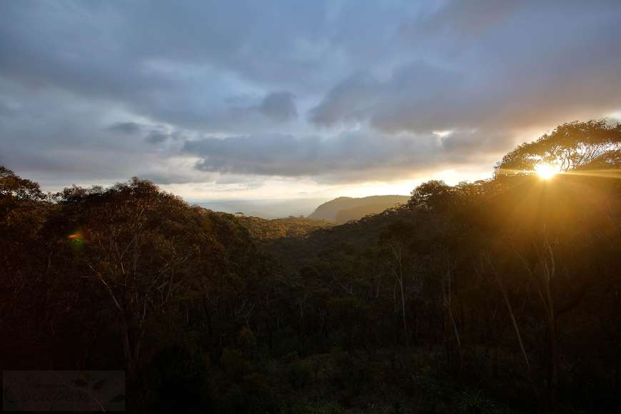 Glorious sunsets over Megalong Valley