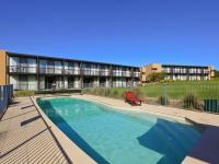 Apartment 2 Moonah Links Golf Course