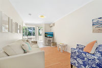 Iluka 1 Bed Apartment - Sunrise