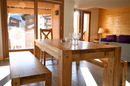 Genepi: dining area