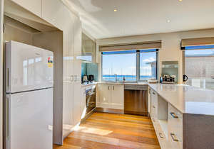 Fully equipped, modern kitchen...