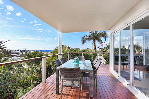 Furnished deck with Ocean views