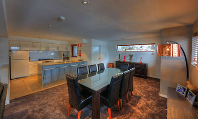 Thredbo Elevation 1 Dining/ Kitchen