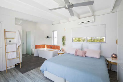 Master Bedroom With Large King Bed With Air-Con (upstairs)