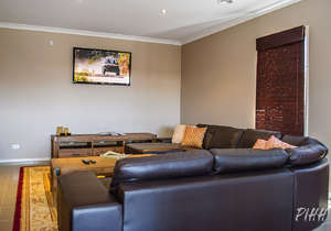 Lounge/TV area...