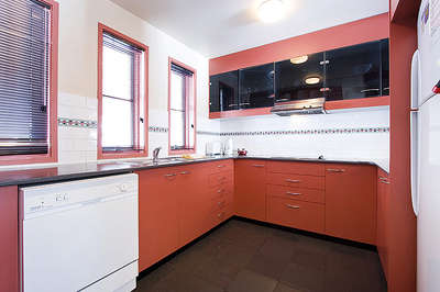 Thredbo Village Green Townhouse Kitchen