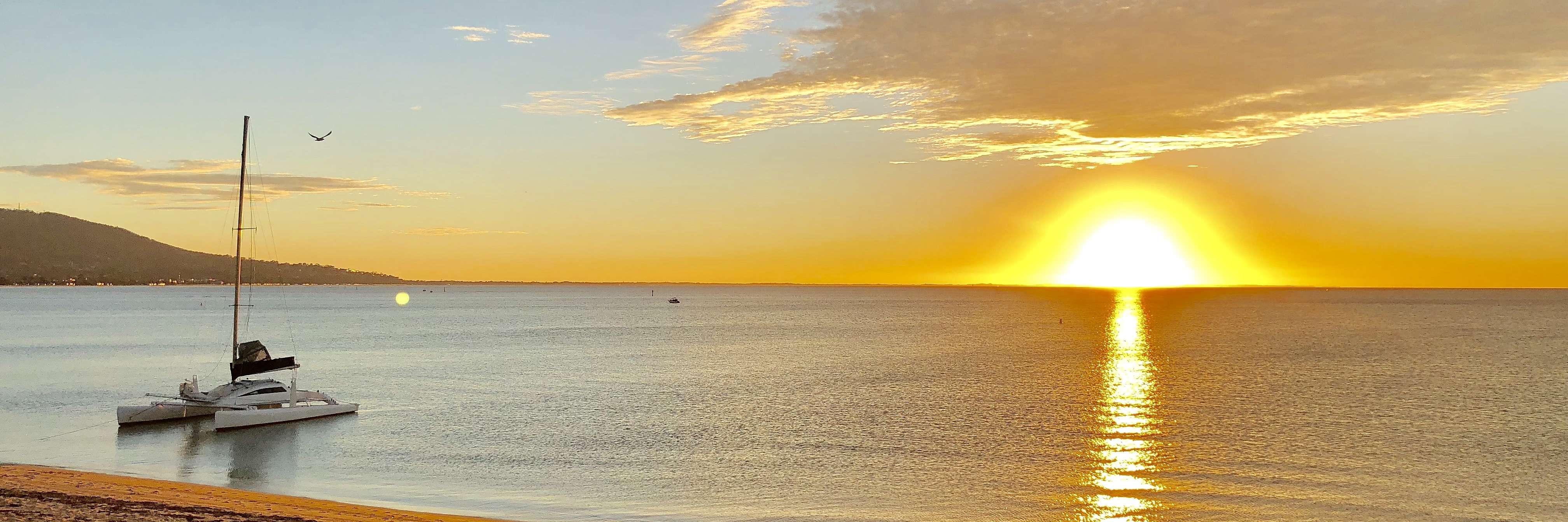 Anchorage8 Martha Cove Marina – Stroll to beach