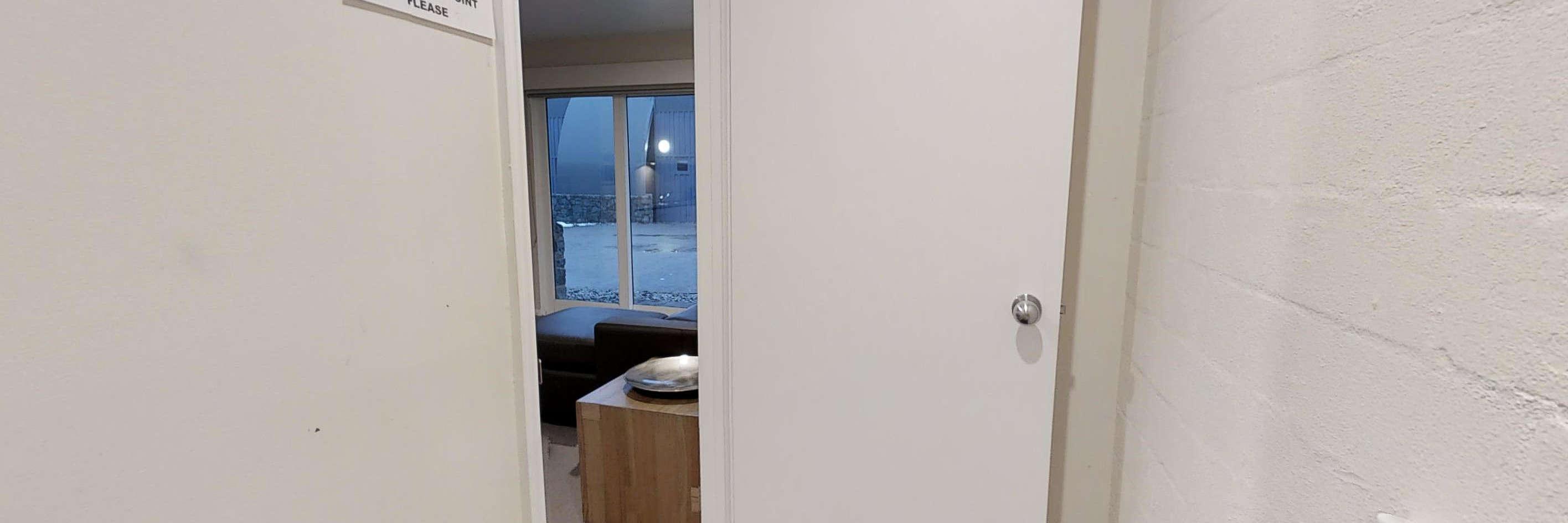 Apartment 10