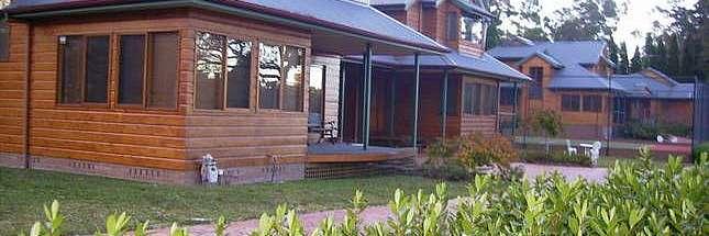 Cooinda Cottages Cottage 1 Kookaburra Cottage