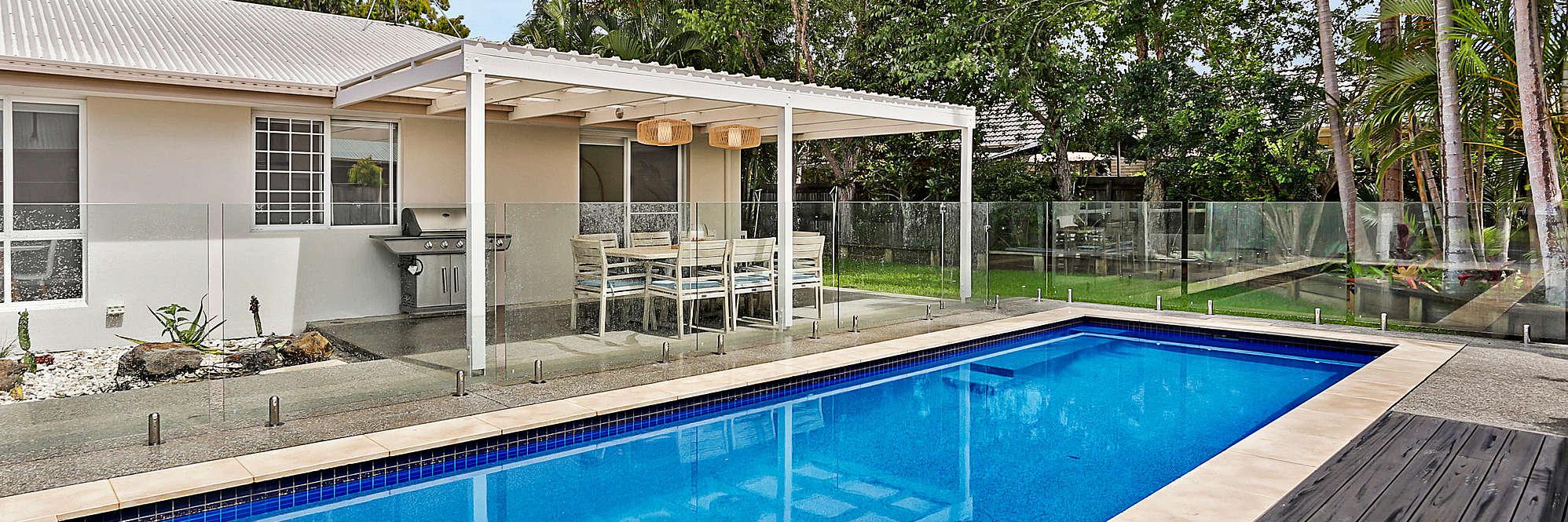 Poolside Noosa Oasis