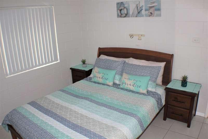 Malibu Apartments #5