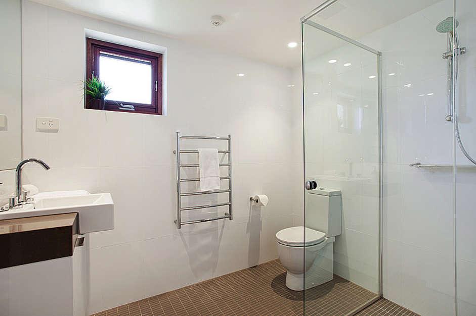 ... Thredbo Elevation 1 Bathroom ...