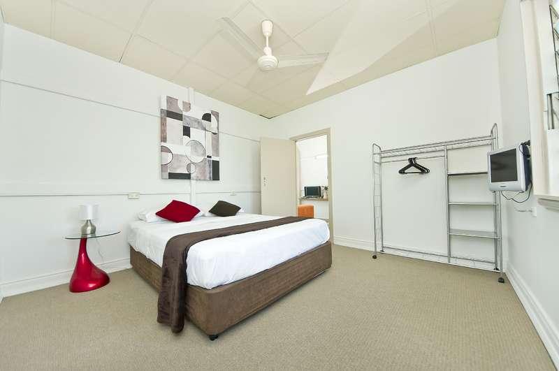 Inner City Share House - Room 3
