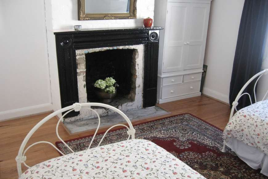 Decorative fire place