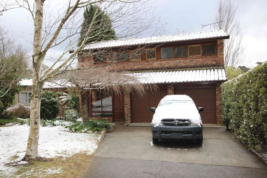 Snow fall in Blackheath 10 Aug 2019 front of the house
