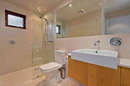 Snow Stream 5 Ensuite Bathroom